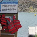 life_jackets_hanging_up_at_the_life_jacket_station
