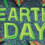 chalk_art_about_Earth_Day